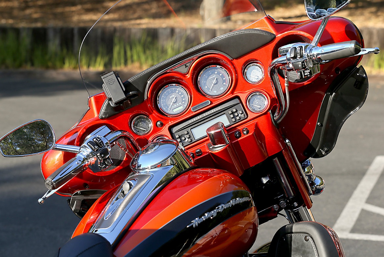 Radios-(for-Harley)
