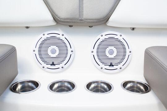 Marine-Speakers